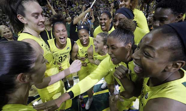 Breanna Stewart, Storm surge past Mystics 98-82 for WNBA title